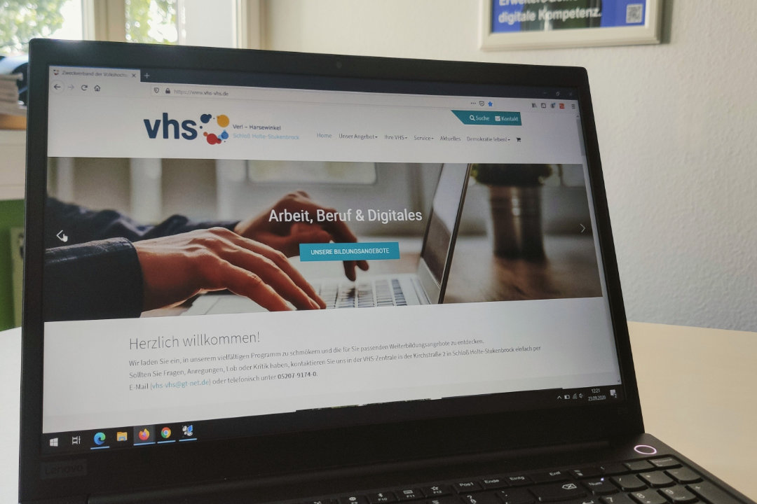 Laptop mit vhs-vhs Website